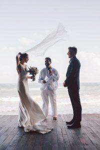 elegant-tulum-destination-wedding-in-black-white-3-2-600x900